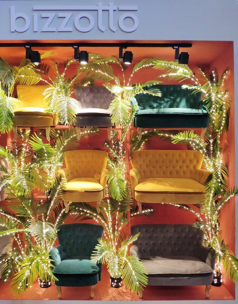 Poltrone e divani colorati Bizzotto, in esposizione a Parigi per l'edizione 2021 di Maison&Objet